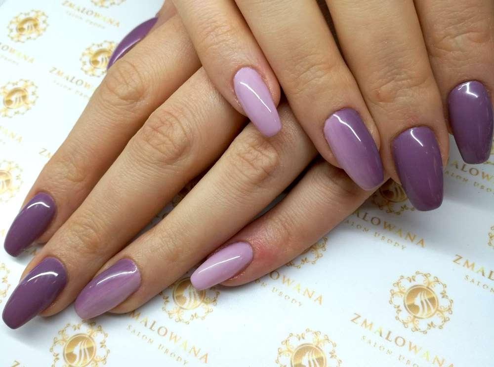 fioletowe paznokcie hybrydowe z ombre w kwadrat