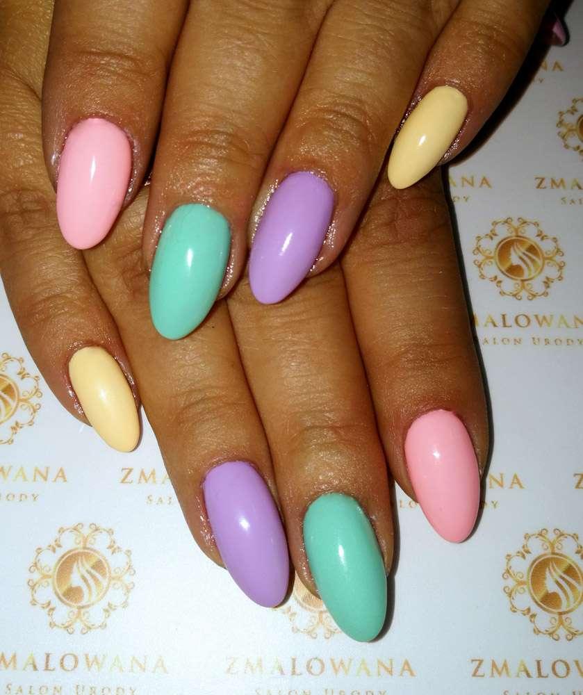 długie hybrydowe kolorowe paznokcie w migadał